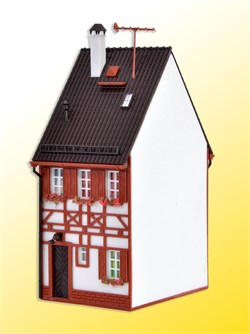 43673 Дом Фахверк Bahnhofstrasse 17 - фото 12472