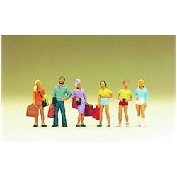 10123 Пассажиры с вещами, девушки  - фото 12667