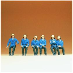 14207 Пожарные сидящие - фото 12745