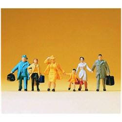14142 Люди спешащие с чемоданами - фото 12782