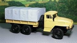 RUSAM-URAL-4320-10-400 Грузовой автомобиль УРАЛ 4320 бортовой съёмным тентом, 1:87, 1977, СССР - фото 13500