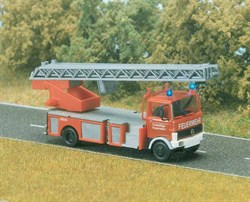 5608 Mercedes-Benz LP 809 пожарный ( со светом ) - фото 14117