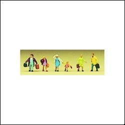 88519 Семья уезжает - фото 4199