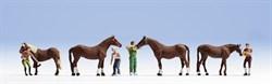 15632 Уход за лошадьми - фото 4256