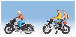 15904 Люди на мотоциклах - фото 4301