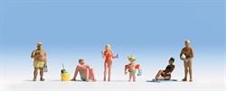 15850 На пляже - фото 5606