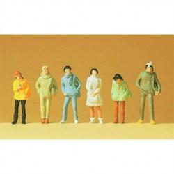 14005 Молодежь в зимней одежде    - фото 5755