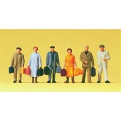 14019 Пассажиры+чемоданы    - фото 5762