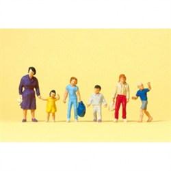 14041 Идущая мама, дети  - фото 5770