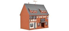 43652 Дом с магазином колониальных товаров