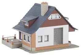 131359 Домик с балконом (хобби-серия)
